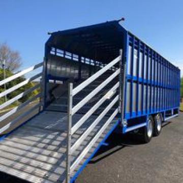 Hogg Engineering 28ft Livestock Trailer