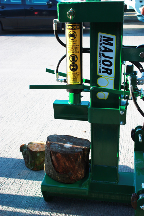 Major 14 Tonne Log Splitter