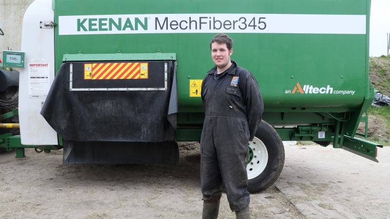 Keenan Diet Feeder | Improves Milk Production On County Tyrone Farm | Farm Compare | Blog