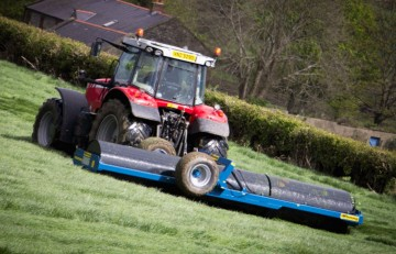 Fleming Agri 18ft End- Tow Roller