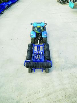 "Walter Watson 8.3m Hydraulic Folding Cambridge 24"" Roller"