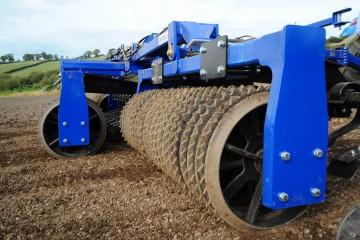 "Walter Watson 6.3m Hydraulic Folding Cambridge 22"" Roller"
