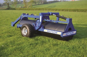 Walter Watson 12ft Water Ballast Land Roller c/w Roating End Tow Hydraulic Wheel Kit