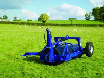"""Walter Watson 10ft  x 30"""" x 12.5mm Water Ballast Land Roller c/w End Tow Hydraulic Wheel Kit"""