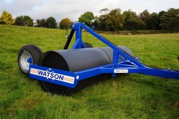 """Walter Watson 2.45m x 36"""" x 14mm Water Ballast Land Roller c/w Rear Hydraulic Wheel Kit"""