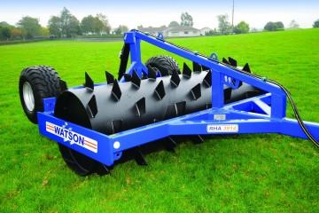 Walter Watson 3m Spiral Blade Aerator c/w Rear Hyd. Wheel Kit