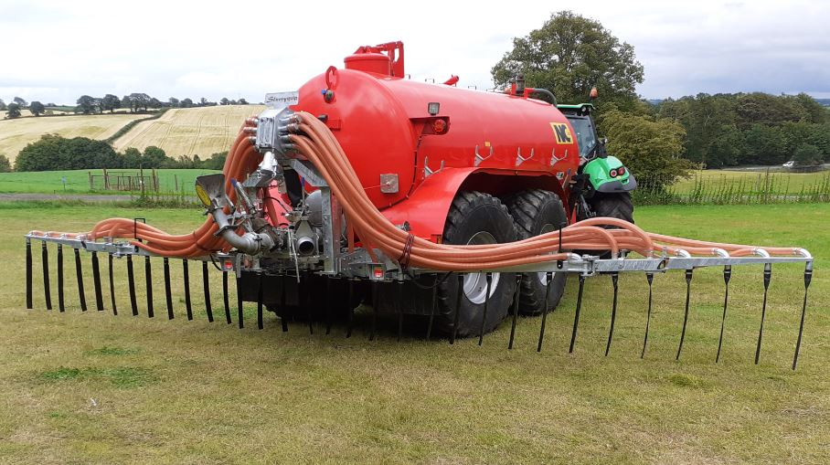 Slurryquip 9.6m Chassis Mounted Dribble Bar
