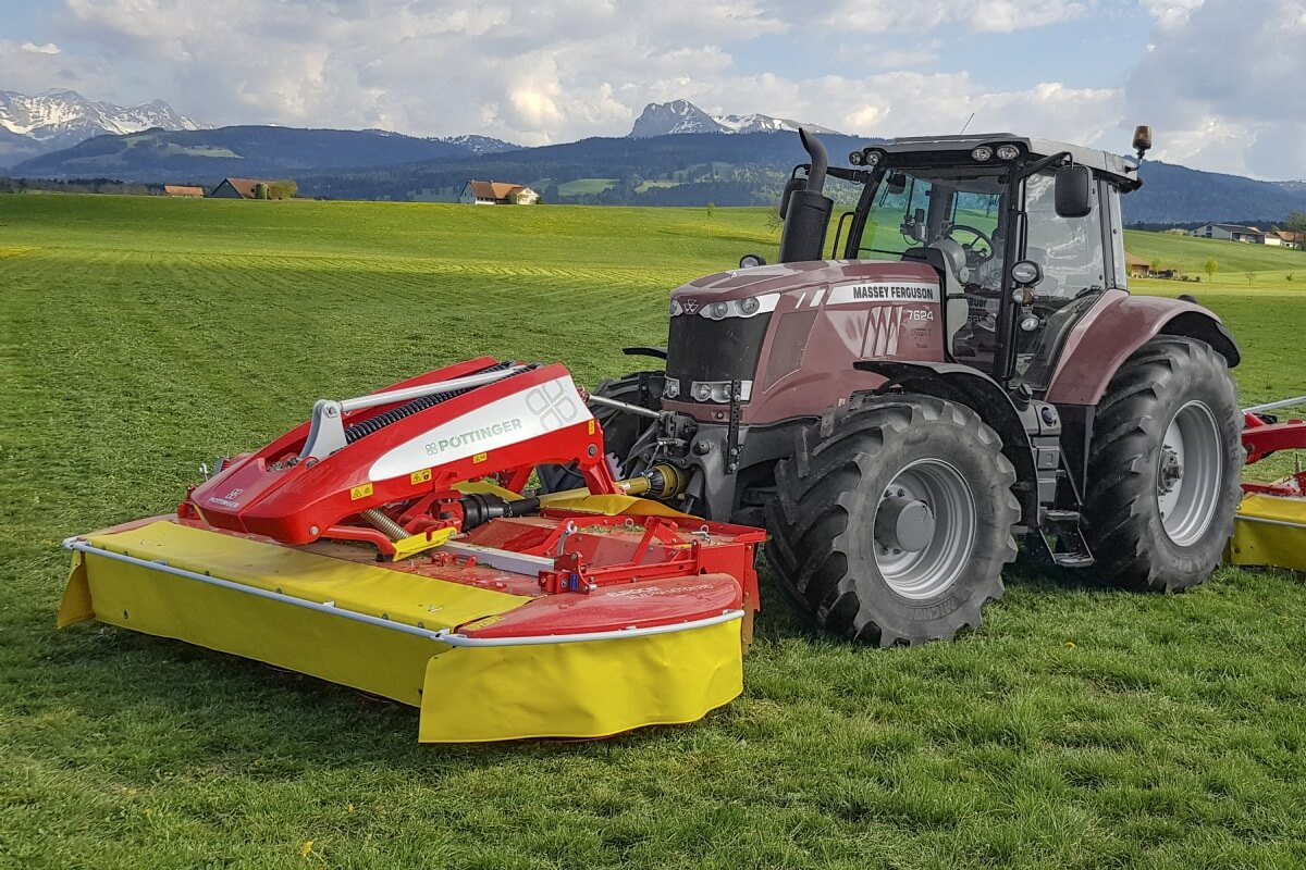 PÖTTINGER EUROCAT 311 ALPHA MOTION PRO Front Mounted Drum Mower
