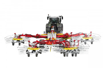 PÖTTINGER TOP 1252C Four Rotor Rake with Centre Swath Placement