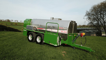 SpreadPoint WB-12000 Water Bowser