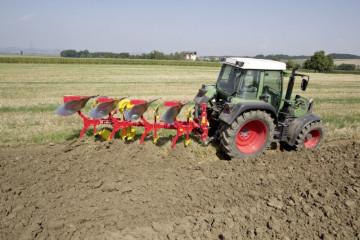 SERVO 25 NOVA Four Furrow Plough