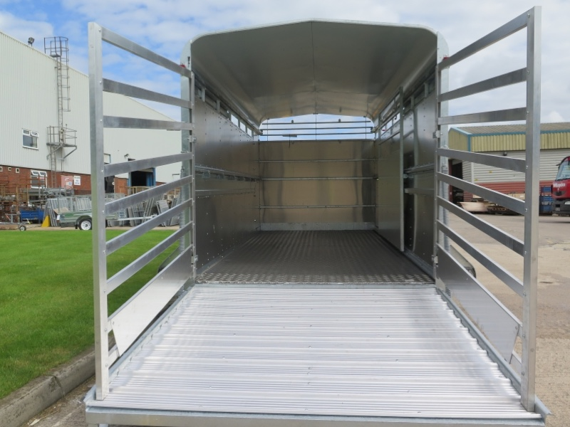 Indespension 14ft x 6ft  Large Tri Axle Livestock Trailer